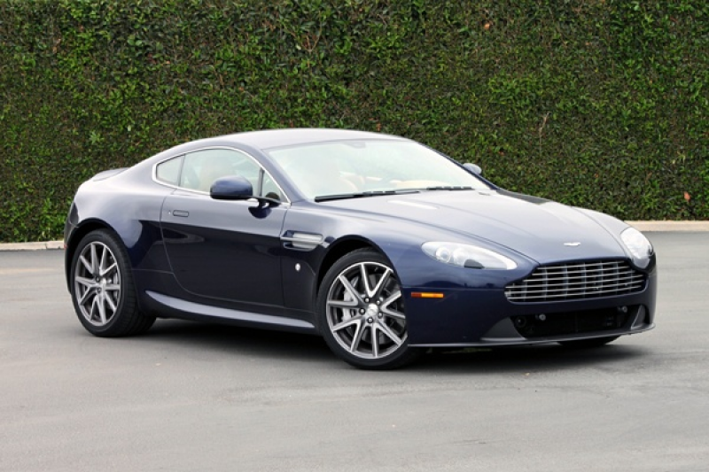2013 aston martin v8 vantage exterior right side look 2013