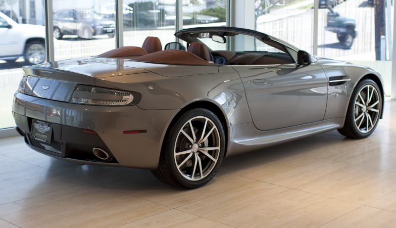 Description 2013 Aston Martin V8 Vantage Roadster rR.jpg
