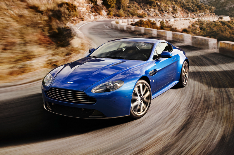 2014 Aston Martin V8 Vantage S Three Quarters In Motion Drivers Front ...