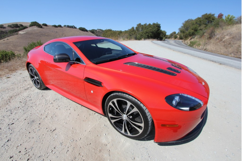 2012 Aston Martin V12 Vantage - Photo Gallery