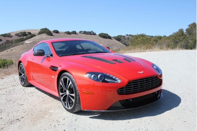 2013 Aston Martin V12 Vantage - Photo Gallery