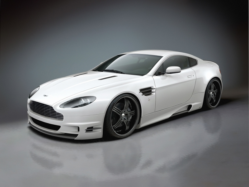 Aston Martin Vantage White Wallpaper