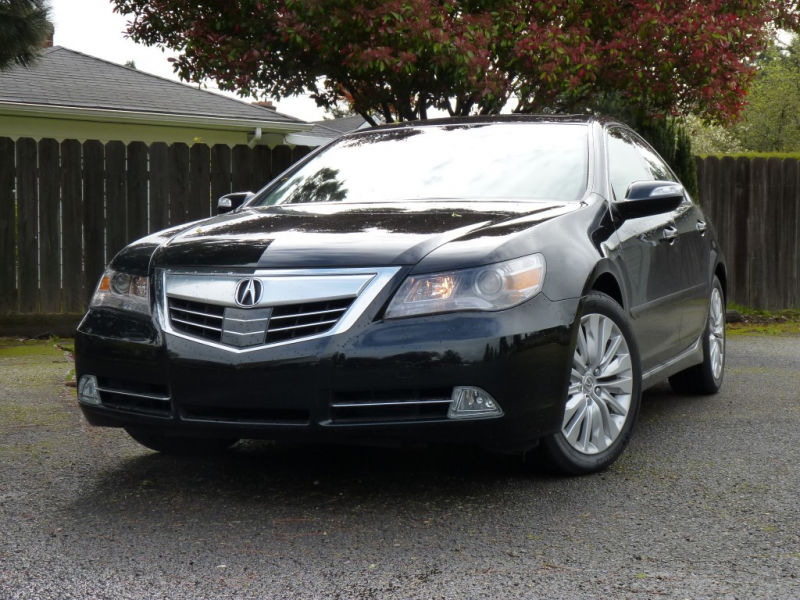 2011 Acura RL Advance