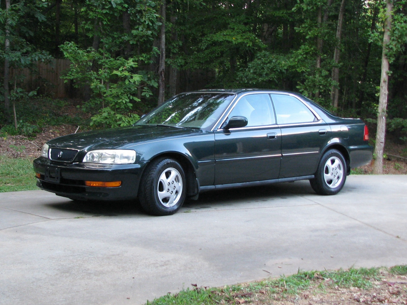 The 1997 TL remains primarily unchanged from the car's debut in 1996 ...