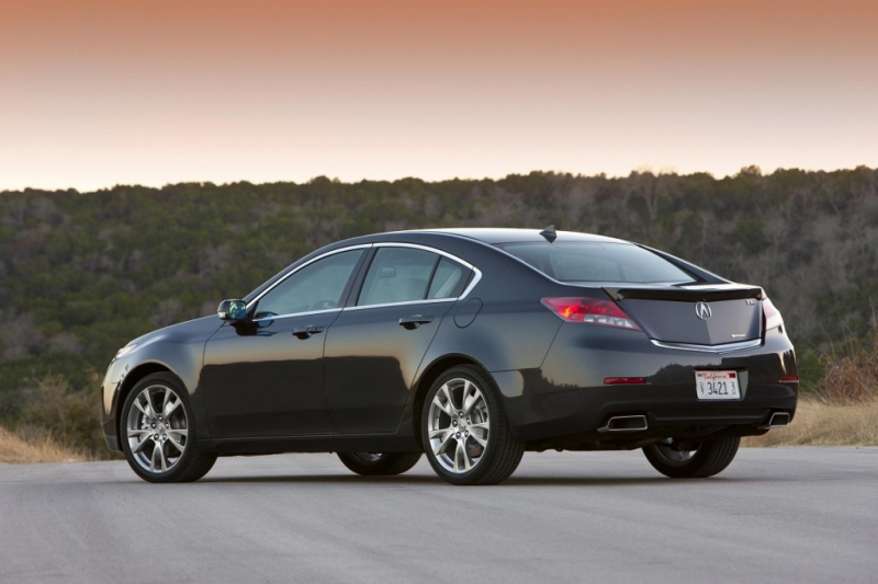 The 2013 TL, Acura's performance luxury sedan, has been named ...