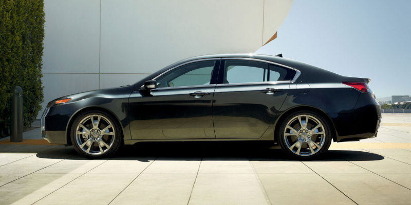 2013 Acura TL Wins Best Cars for Families Award