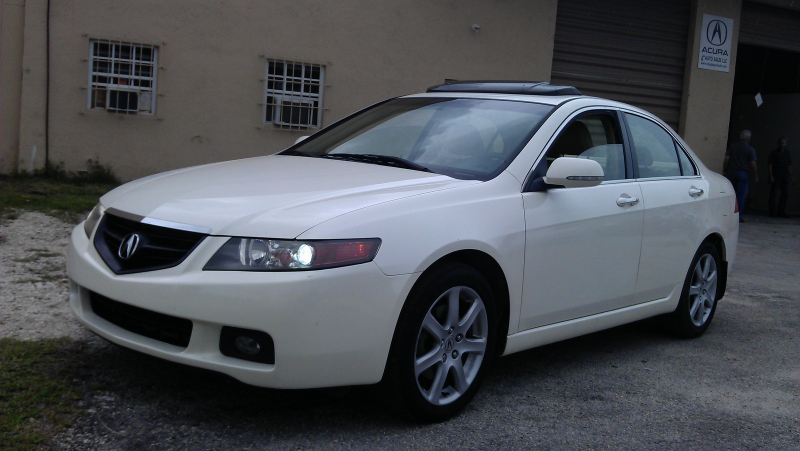 Picture of 2004 Acura TSX 5-spd, exterior