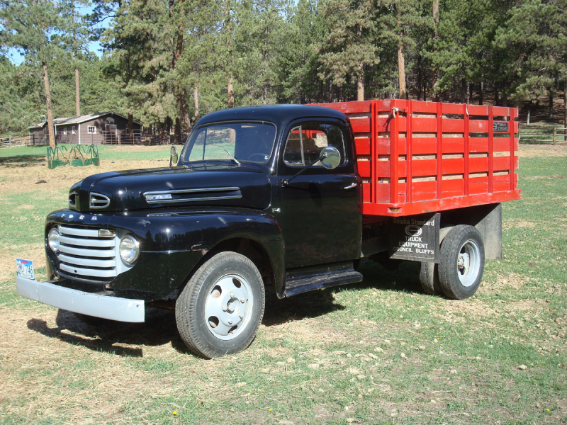 1949 Ford F4 Dually