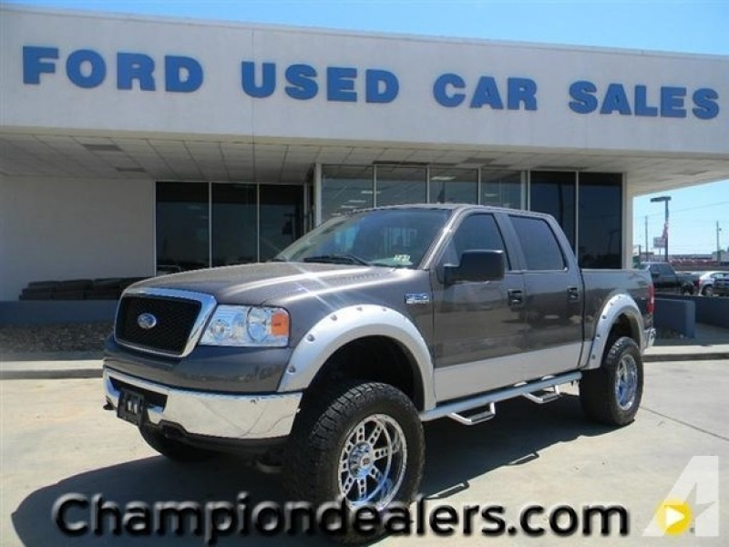 2007 FORD F-150 4WD SuperCrew 139 XLT for sale in Houston, Texas