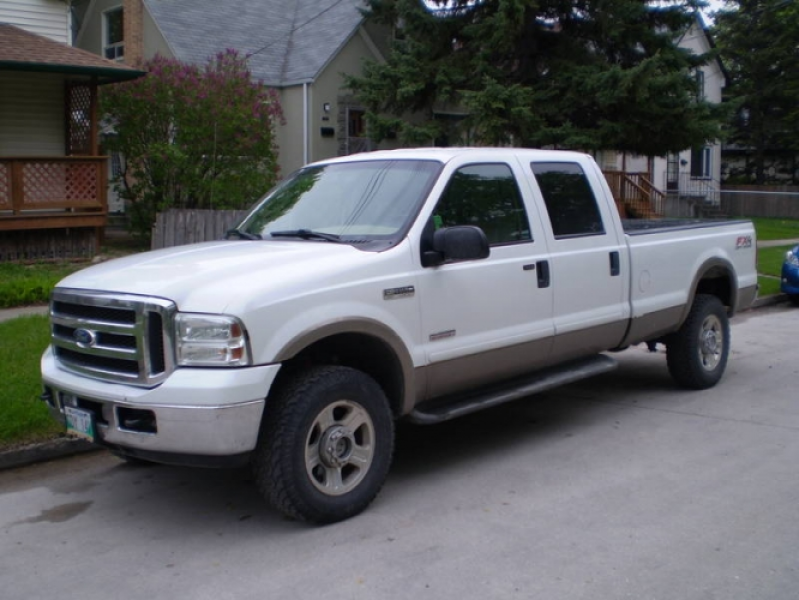 2005 FORD F-350 SD LARIAT 4X4 DIESEL in Winnipeg, Manitoba