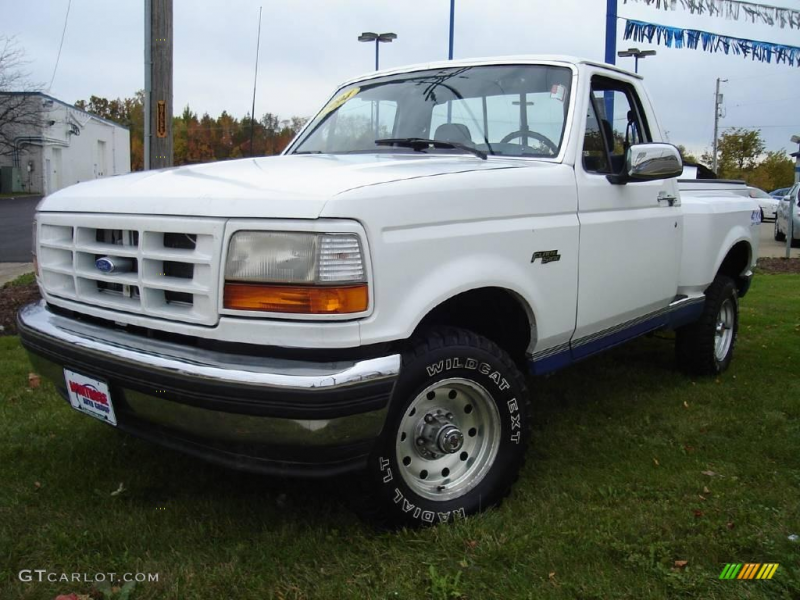 1994 Ford F150 XL Regular Cab 4x4 - Oxford White Color / Blue Interior