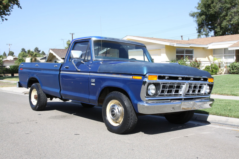 1976 Ford F250 Front Three Quarter