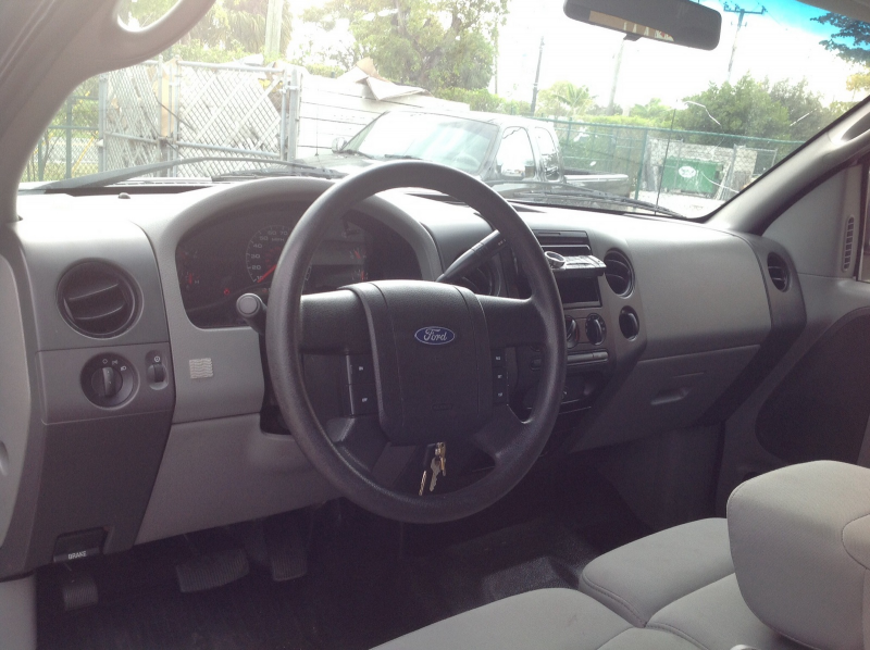 Picture of 2007 Ford F-150 XL 4WD, interior