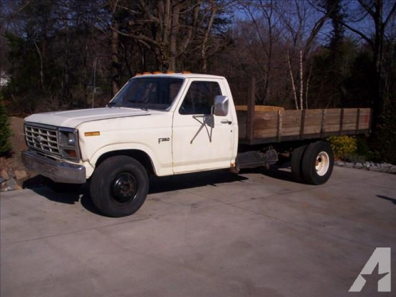 1983 Ford F350 for sale in Taylorsville, North Carolina