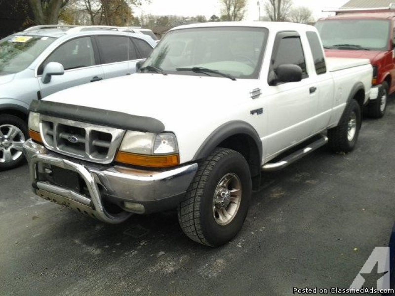 2000 Ford Ranger, 4x4 ext cab for sale in Bass Lake, Indiana