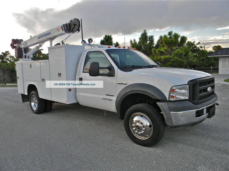 2006 Ford F550 Superduty Utility / Service Trucks photo 4