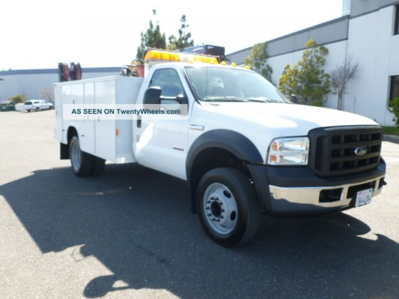 2006 Ford F550 Xl Duty Utility / Service Trucks photo 2