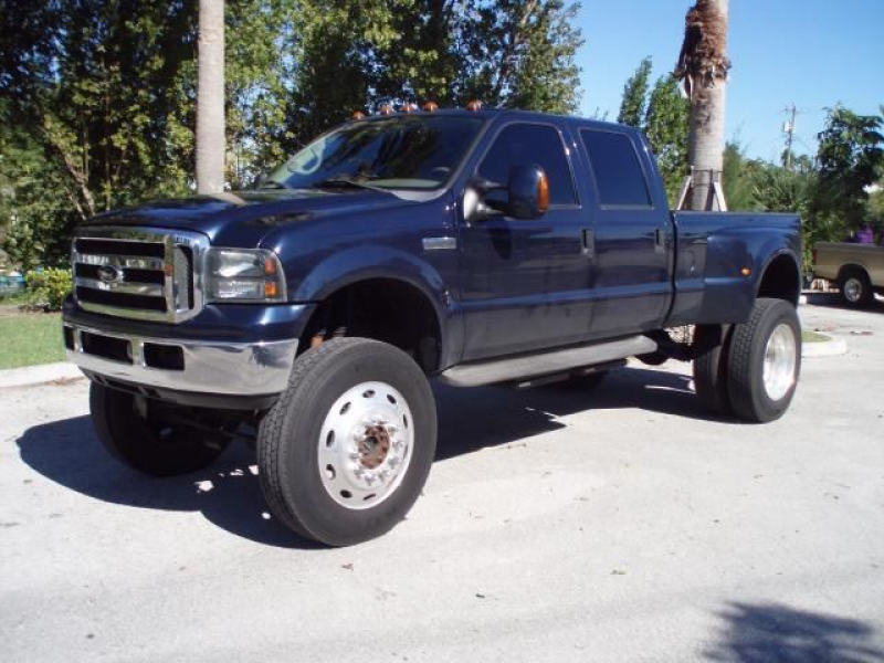 2002 ford super duty f 350 drw crew cab lariat 4wd lift
