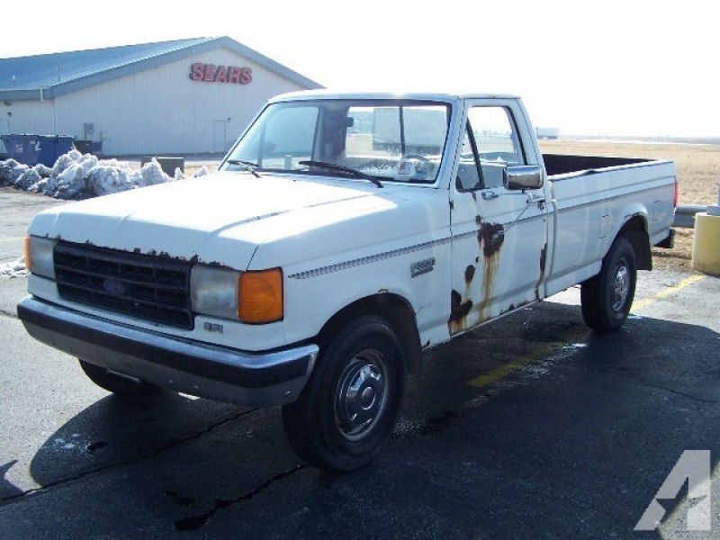 1988 Ford F250 Custom for sale in Pontiac, Illinois