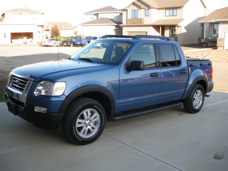Picture of 2009 Ford Explorer Sport Trac XLT 4WD