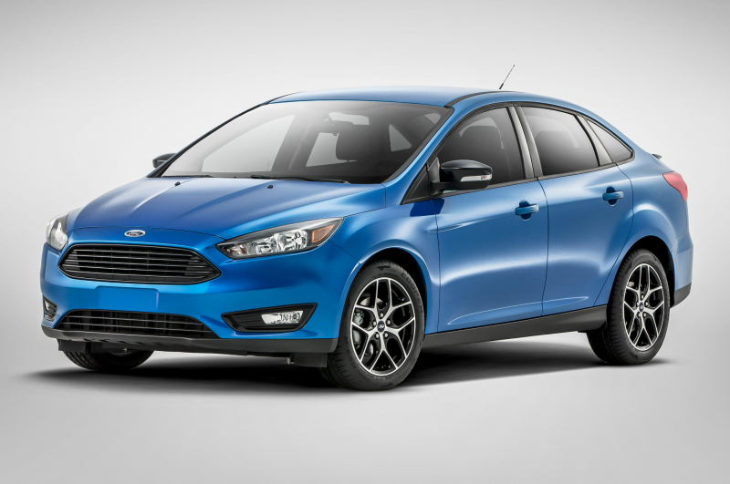 2015 Ford Focus Sedan Front Side View Studio