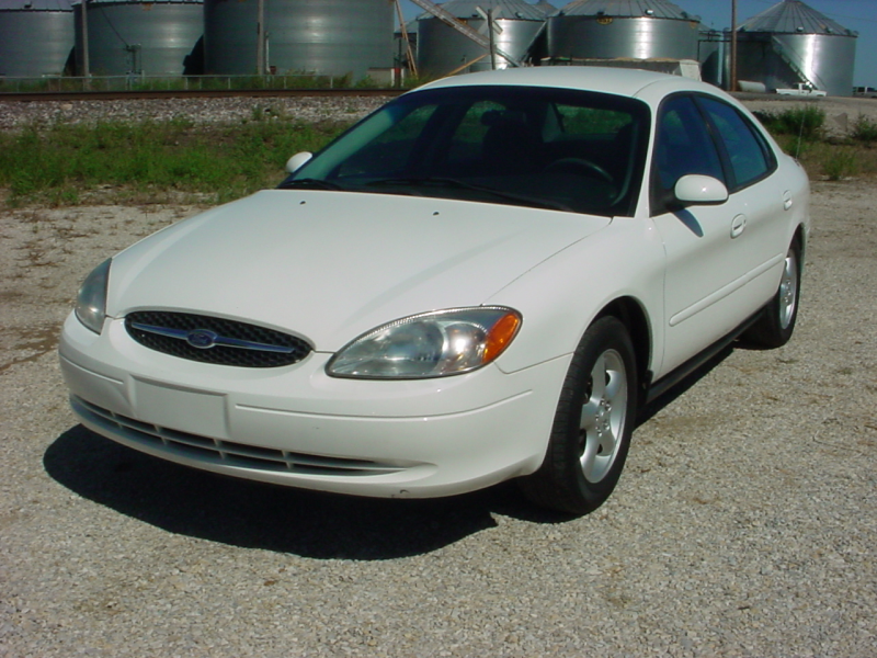 2000 Ford Taurus SE Wagon - Pictures - Picture of 2000 Ford Taurus SE ...