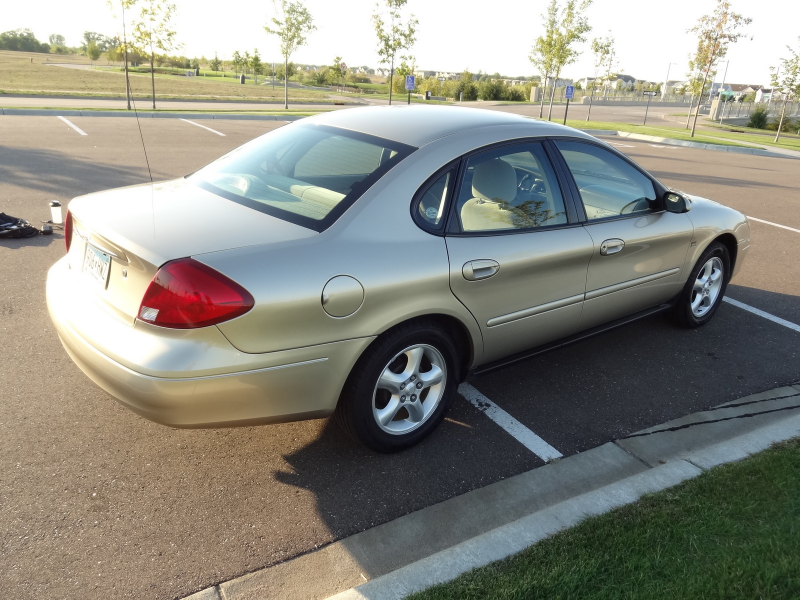 What's your take on the 2000 Ford Taurus?
