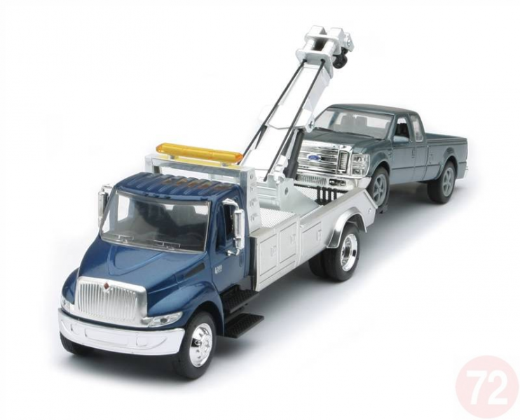 Home International Tow Truck with Ford Pickup
