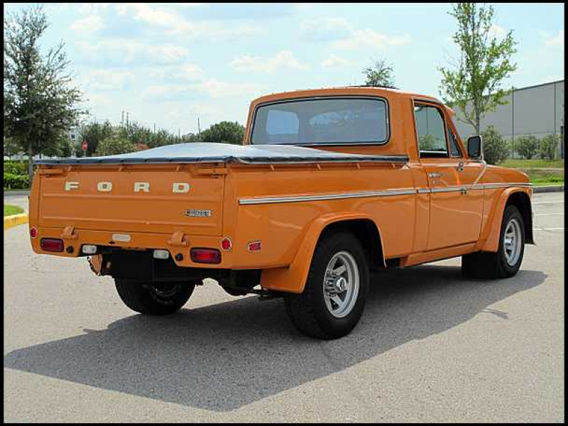 1976 Ford Courier Pickup Automatic presented as lot W49 at Kissimmee ...