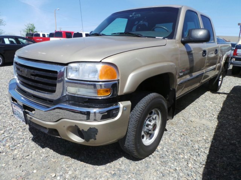 View this Used 2005 GMC Sierra 2500HD Truck Crew Cab for sale at Tom ...