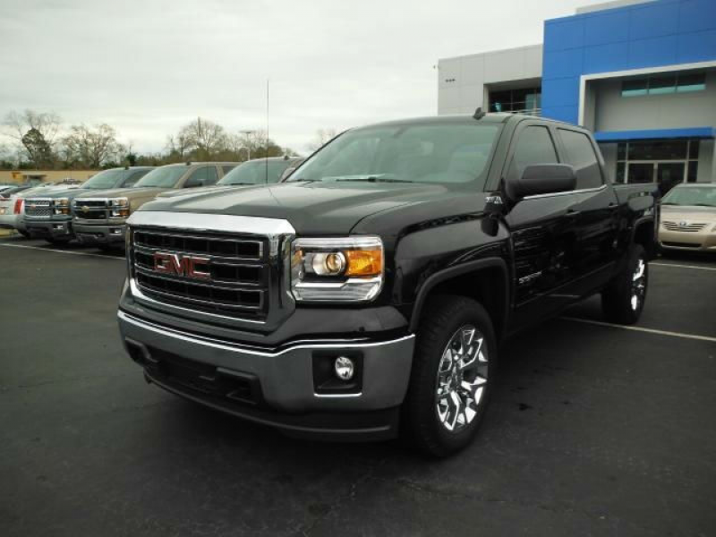 2014 GMC Sierra 1500 Crew Cab Short Box 4-Wheel Drive Denali