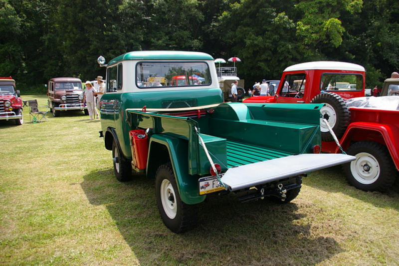 Jeep Forward Control Pickup Truck FC-150 (Rear Side View)