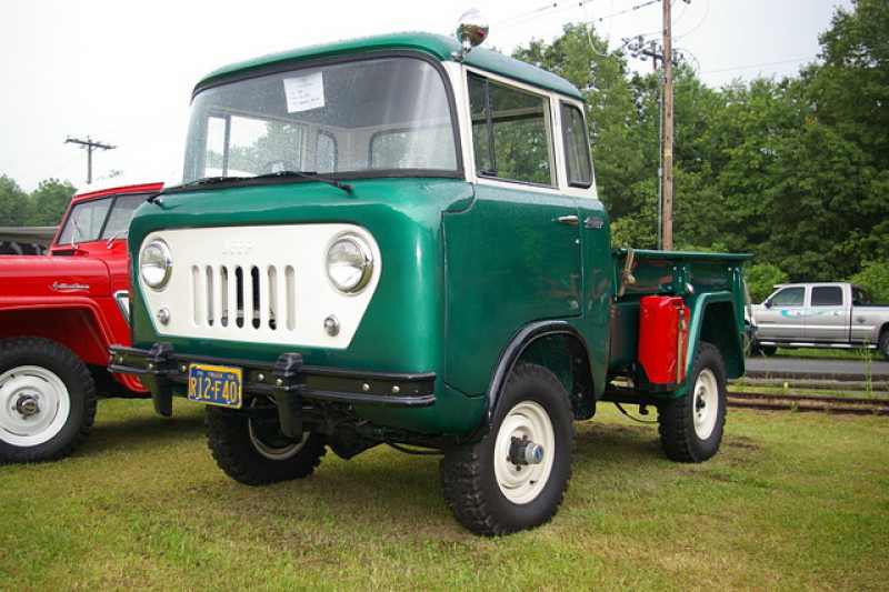 Jeep Forward Control Pickup Truck - FC-150 - SWB