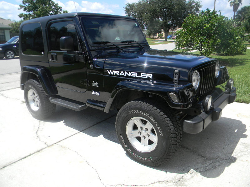 Picture of 2004 Jeep Wrangler Sahara, exterior